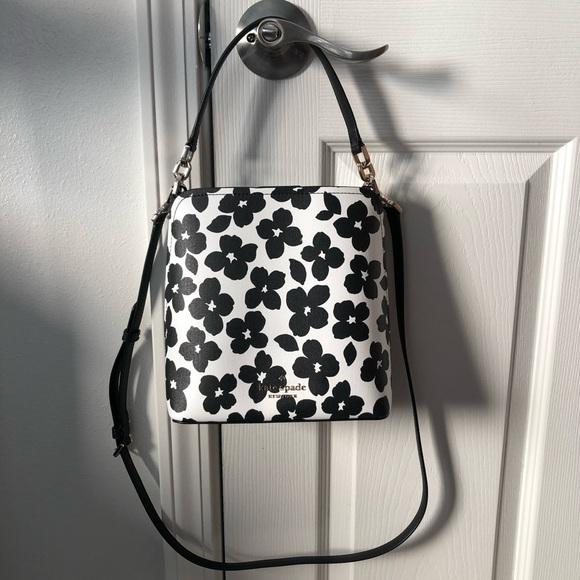 Kate Spade Darcy Bucket Bag